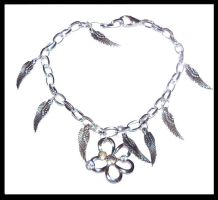 Charms feathers - Bracelet by Amelia-art
