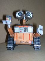 Walle-E Papercraft 2 by Neolxs