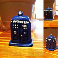 Mini Tardis Sculpture by tacoroach