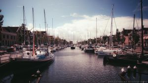 Harlingen Harbour by Dynnnad