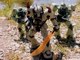 MS-07B GOUF 'DIAMOND SQUAD' by ChihayaCake