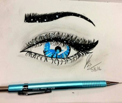 eye and eyes and eyes  by jessetravis35
