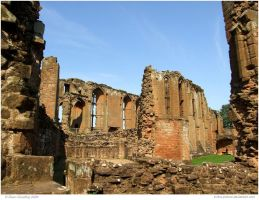 Kenilworth Castle II by In-the-picture