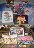 CloudCon 2013 swag haul by AleximusPrime