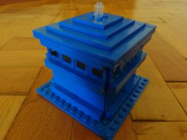 Custom Made TARDIS Lego by PCamenzind