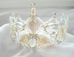 Jessyca bridal crown by Zayunu by zayday