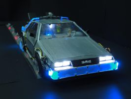 DeLorean DMC-12 Realistic Papercraft with LED's 2 by BRSpidey