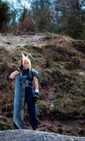 CLOUD STRIFE COSPLAY by XenoLink