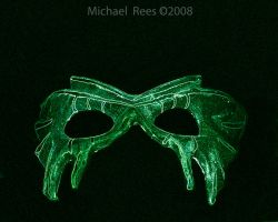 Green mask by Luv2suspendyou