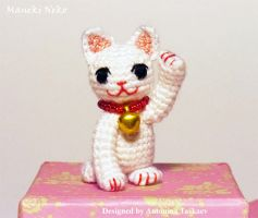 Maneki Neko for Giveaway by lovebiser