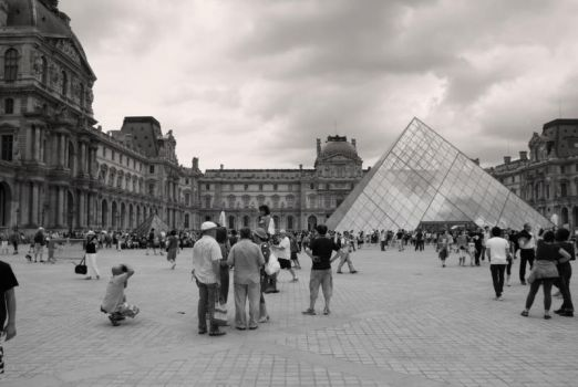 Musee du Louvre by Jupit3r