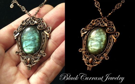 Labradorite and Copper Pendant by blackcurrantjewelry