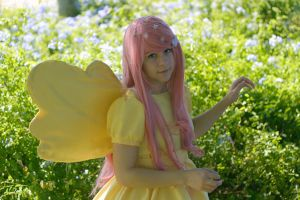 Fluttershy: Galla, In the Garden by thecreatorscreations