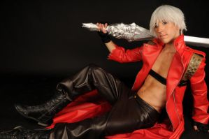 look at me- Dante cosplay by Detailed-Illusion