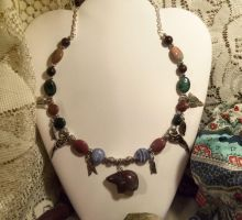 Bear totem with agate-necklace by Destinyfall