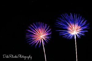 Fireworks 51 by DalePhotography
