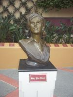 Mary Tyler Moore by blunose2772