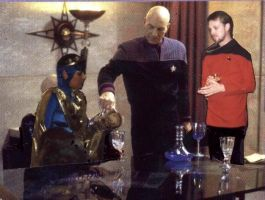Empress T'Kon Dines with Capts. Picard and Strawn by Empress-XZarrethTKon