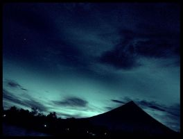 Mayon at Twilight by KarlC