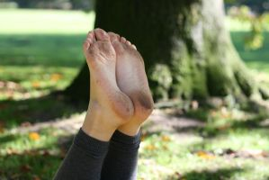 Autumn Feet 010 by foot-portrait
