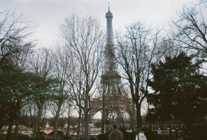 the eifel tower by 1234penis1234