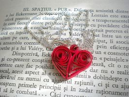 Quilled heart by YoyoTheMadScientist