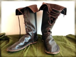 Medieval boots by Squirrel-slayer