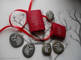 Hand Painted Barn Owl Stones by JillHoffman