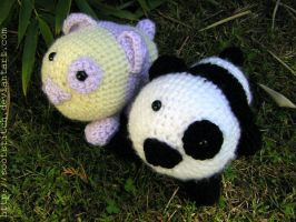 Hiding in the bamboos by sootstitch