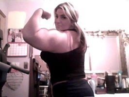 Her size intimidates most men by musclewomen