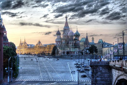 Red Square in HDR by AmniosDesign