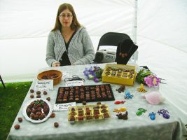 Apple Daze Booth 1 by FlyingFrogCreations
