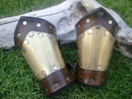 Small Steampunk Bracers by Skinz-N-Hydez