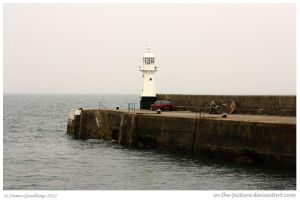 Charles Town Lighthouse by In-the-picture