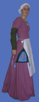 pink kirtle with accessories by Kathelyne