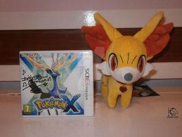 Autographed Pokemon X and Fennekin Pokedoll by WolfPink
