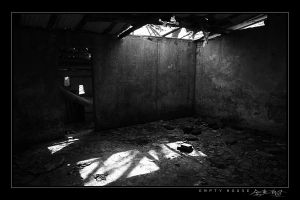 Empty House by avotius