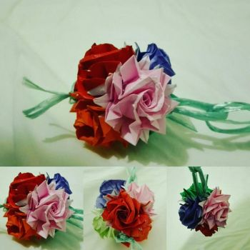 Origami roses by ZQ42