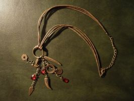 The necklace of Alice Burns by Alicetiger