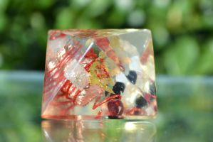 Octahedron 8 by hollyfieldsofgold