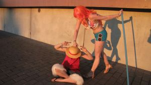 Desucon 2015 - Little Luffy gets hit by ONEOKCosplay