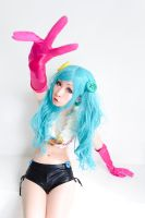 Miku Hatsune cosplay 2 by HoNeYbEeMai