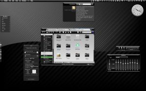 Crystal Black Theme, Desk 1 by marsmuse