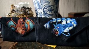 Gyarados and Charizard 3DS bags by Cita-la-Star