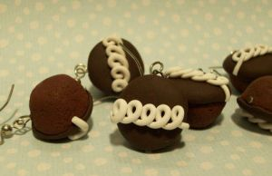 Hostess Cupcakes by Cosmic-Outcast