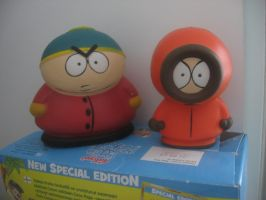 Kenny and Cartman figures by Twilightberry