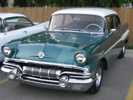 1957 Pontiac Chieftain by Qphacs