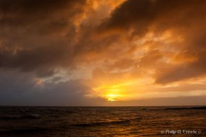 Kauai Sunset II by pesterle