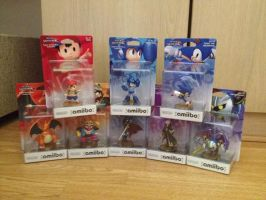 Amiibo Figure Characters 4 by extraphotos