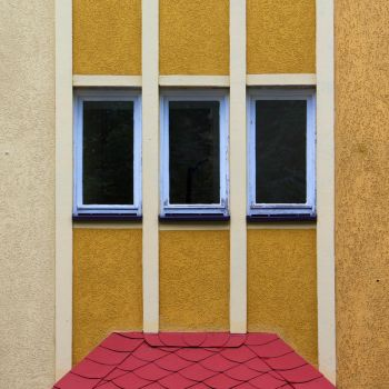 red roof by fotominimalist